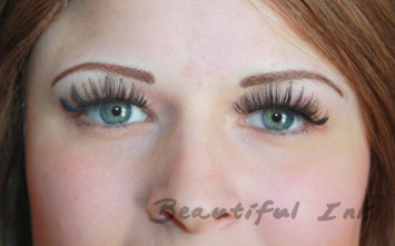 After - Textured naturally shaped brows